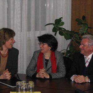 Ministerin Birgit Fischer besucht das Brustzentrum in Gütersloh