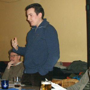 Benjamin Amshoff, Martin Goecke und Hans-Werner Küster (v. r.) während der Juso-Diskussion zum Zentralabitur
